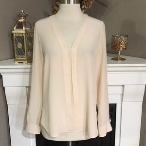 Vince Peach Silk Collarless Popover Blouse